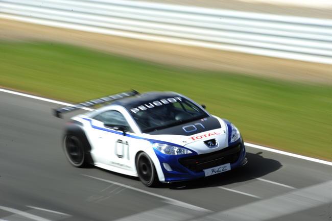 Déjà 30 000 Peugeot RCZ !