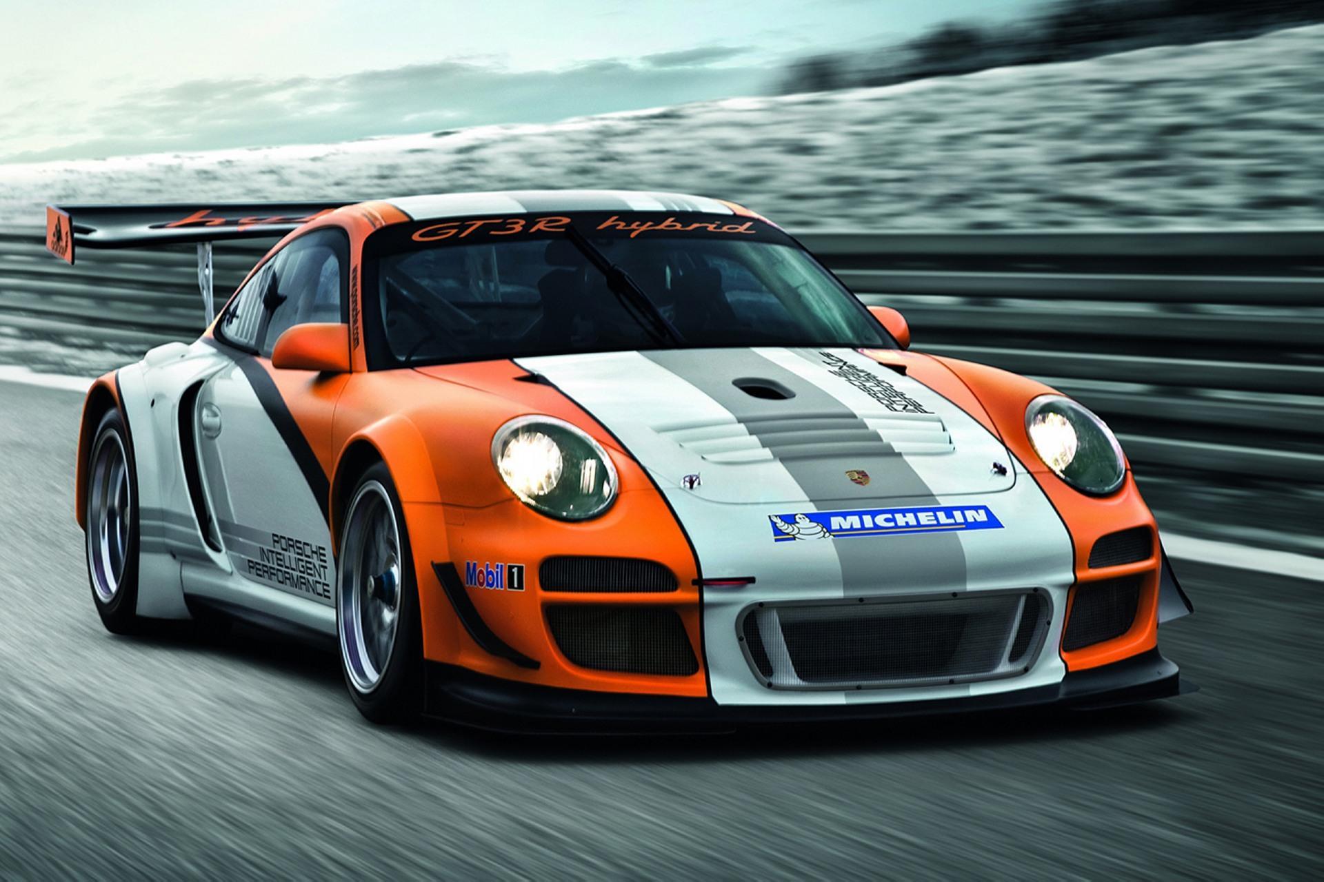 Porsche 911 GT3 R Hybrid : Star internationale