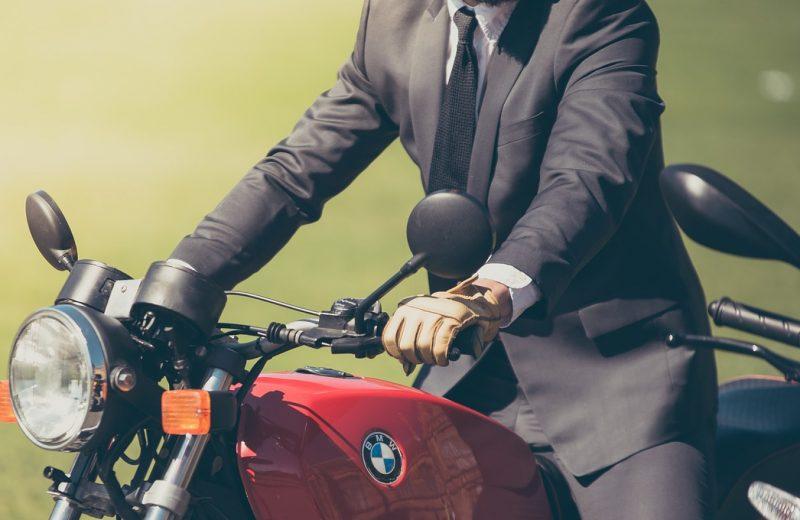 Louer une moto pour se déplacer à Lyon en toute simplicité