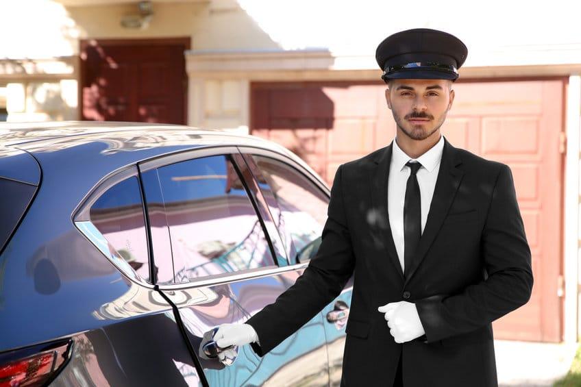 Métier de chauffeur VTC: découvrez ses avantages et le déroulement de l'examen