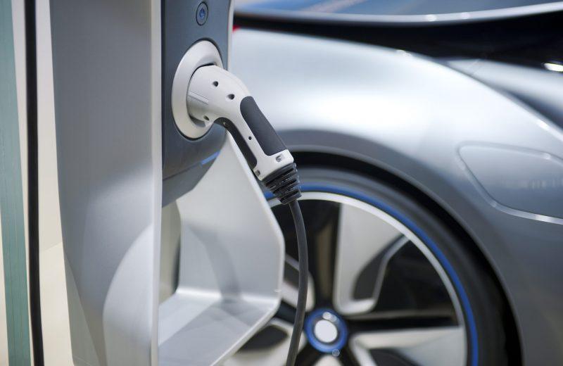 4 conseils pour bien choisir sa voiture électrique