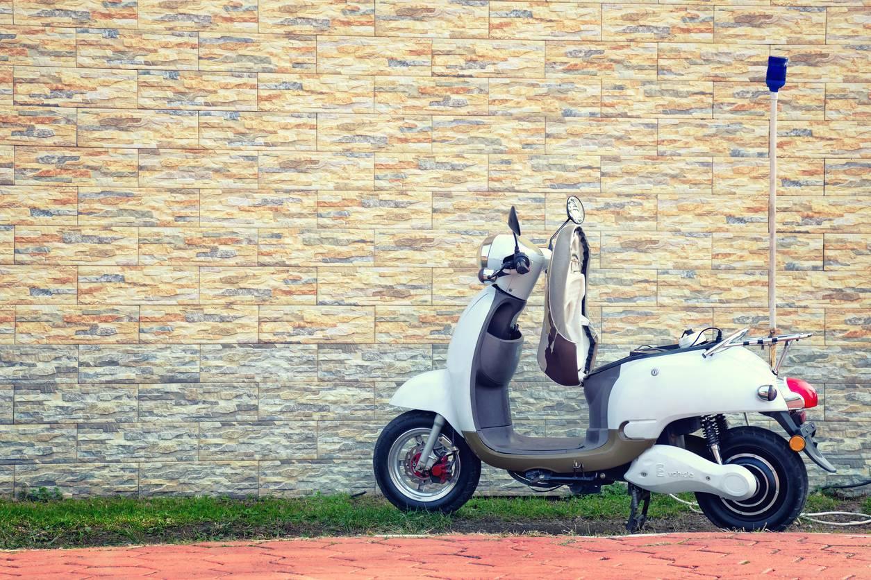 moto électrique ou scooter électrique