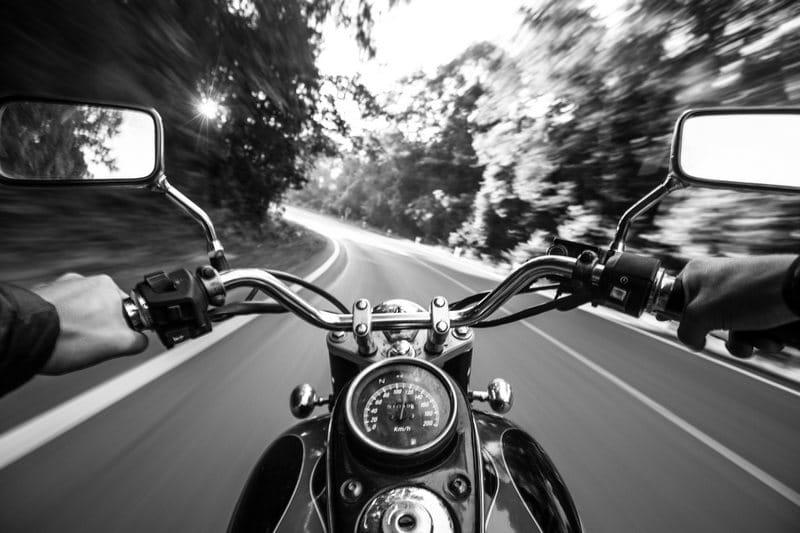 Que couvre une assurance moto ?