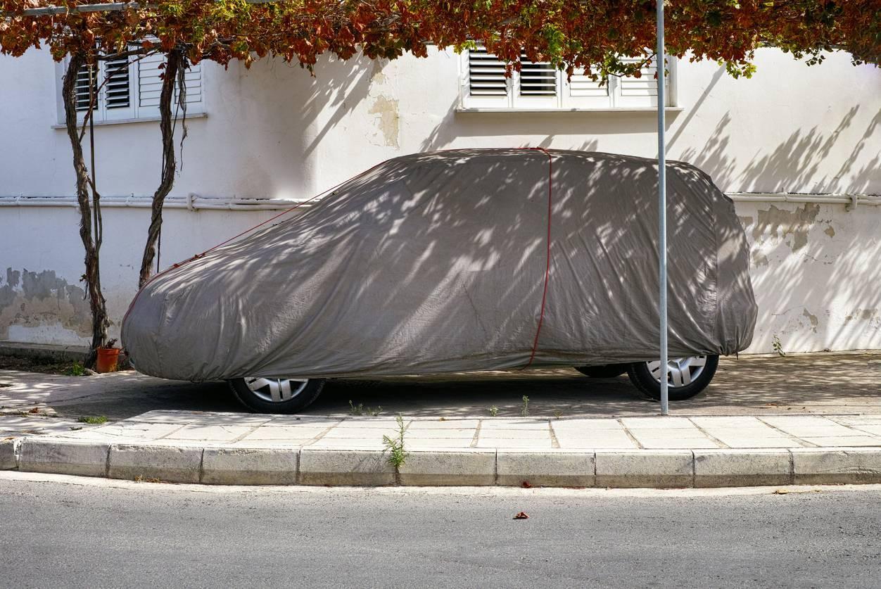 La housse de protection pour voiture