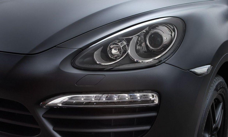 Protéger et changer le look de vos feux et phare de voiture avec les films pour Covering