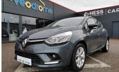La Renault Clio en tête de vente de voiture d'occasion