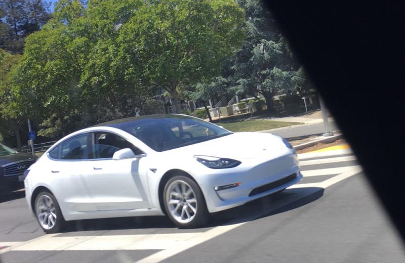 500 Classe A E-Cell produites avec Tesla